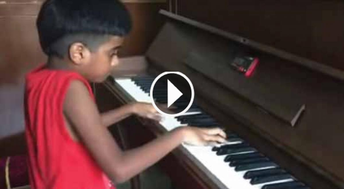 Have You Ever Seen A Boy Five-Year Old Plays Chopin Like A Master? If Not Then Watch Here Now!!