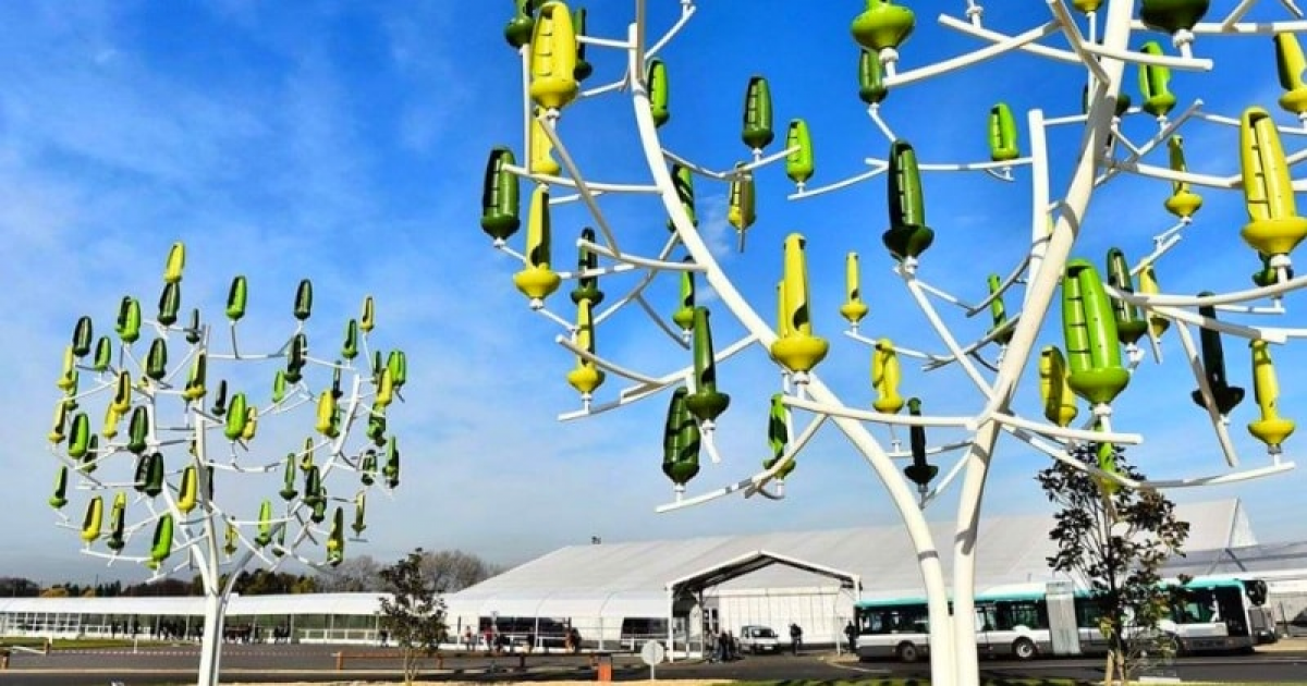 This Artificial Wind Tree Uses Micro Turbine Leaves To Generate Electricity And Could Be The Future Of Renewable Energy.