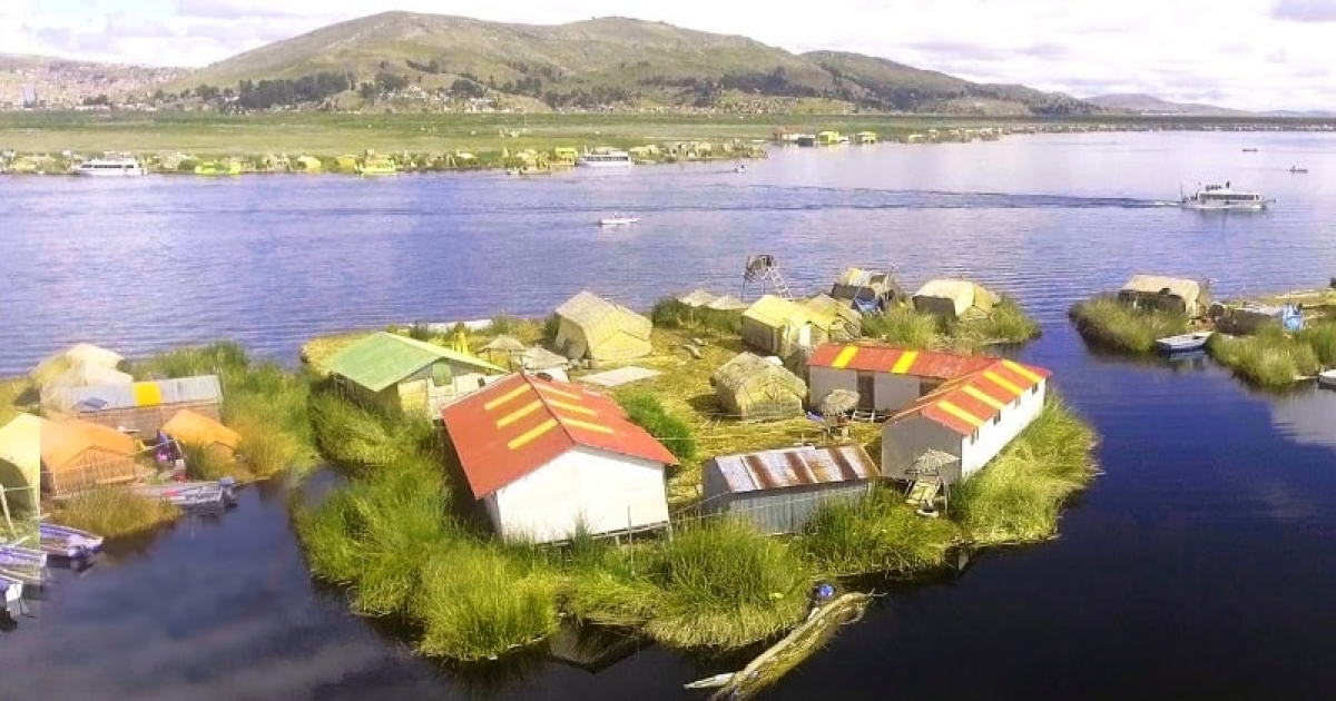The Wonderful Man-Made Floating Islands Of Lake Titicaca That Are Made Of Grass.